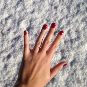 {Sunday pamper} Christmas manicure