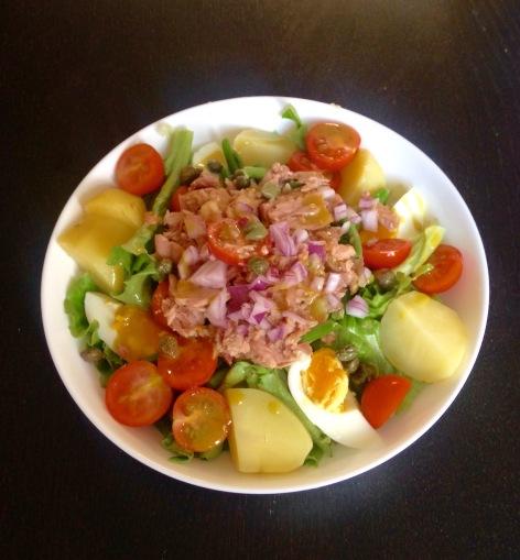 Salade nicoise healthy eating