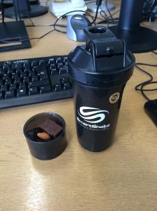 slim black smartshake healthy snack